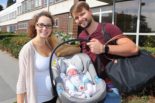 V létě plánuje Vágner odletět do Řecka i s malou dcerkou Amelií.