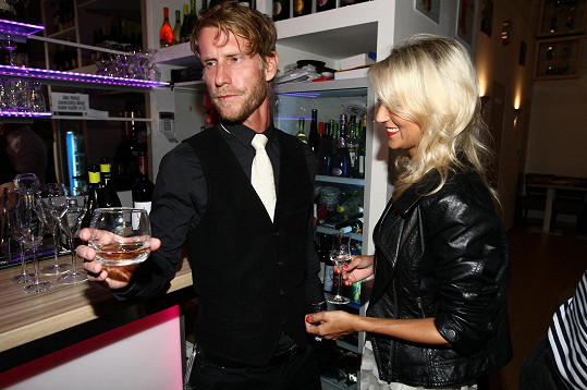 Míra Nosek měl po boku krásnou blondýnku.