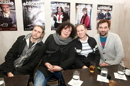 Igor Chmela, Richard Genzer, Martin Finger a Ondřej Sokol si zahráli v seriálu Nádraží.