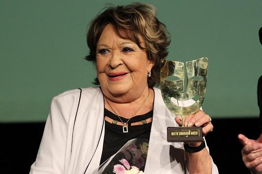 Jiřina Bohdalová měla z ocenění od kolegů velkou radost.