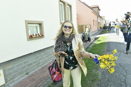 Rozloučit se přišla i herečka Mirka Součková.