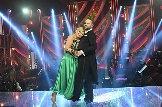 Kopta fandí herečce Pavle Tomicové, která tančí s Markem Dědíkem.