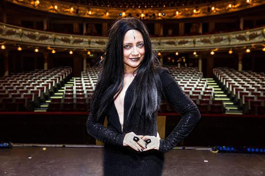 I Lucie Bílá zazpívá přes sociální sítě.