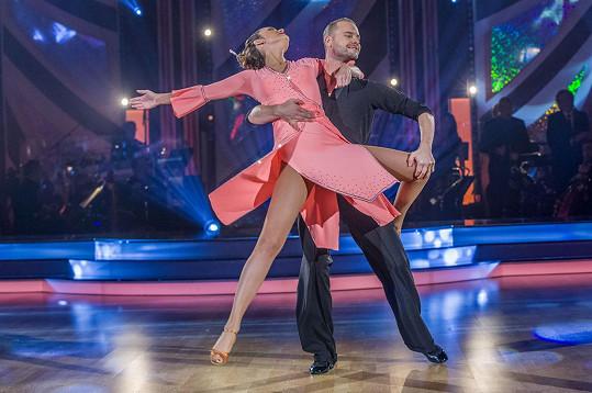 Daniela s Michalem Mládkem v posledním StarDance tančili rumbu na čínskou skladbu.
