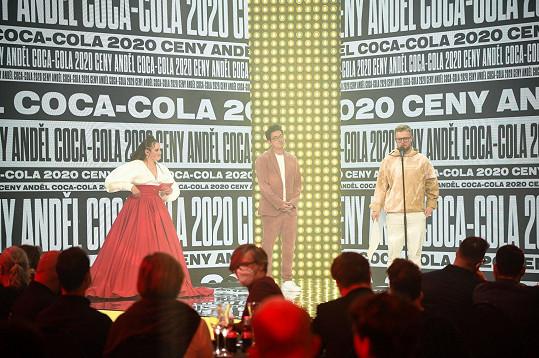 V divácké anketě zvítězil Viktor Sheen, za kterého převzal cenu producent David Kopecký.