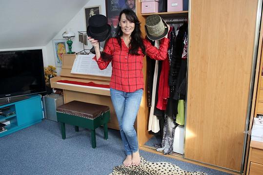 Heidi se pochlubila skříní plnou kostýmů.