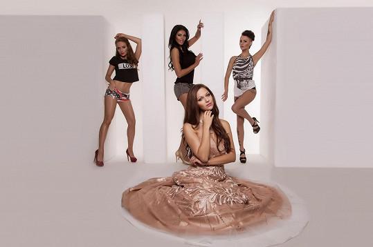 S Českou Miss World 2013 se před objektivem objevily i playmate Marcella, Julie a Andrea.