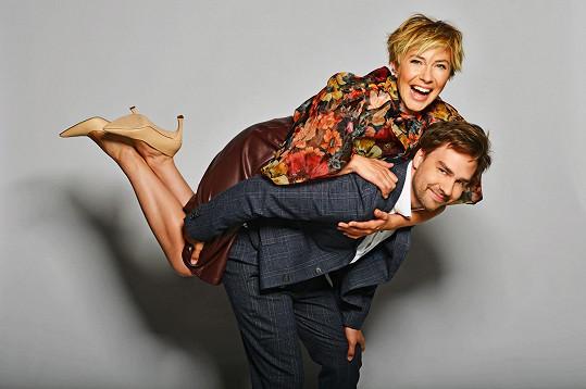 Ondřej Rychlý s partnerkou Terezou Krippnerovou, která se taktéž věnuje herectví a zpěvu.