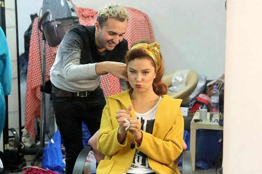 Ivana Korolová tráví hodně času u kadeřníka.
