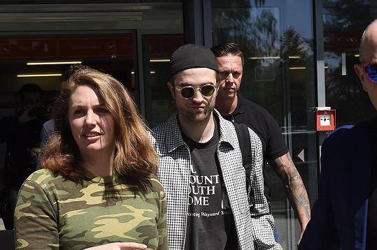 Robert Pattinson zpestřil závěr festivalu.