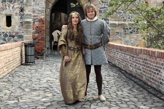 Tereza Voříšková a Kryštof Hádek spolu kdysi chodili. Teď si zahrají slavný manželský pár: Blanku z Valois a Karla IV.