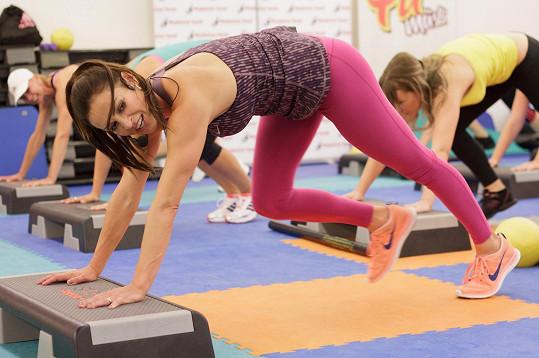 Hanka Kynychová tvrdí, že stačí cvičit dvacet minut každý den a máte postavu snů.