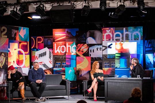 Hosty pořadu 7 pádů Honzy Dědka (moderátor vpravo) byli také Roman Vaněk a Dagmar Pecková