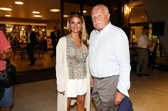 Yvetta s bývalým prezidentem Václavem Klausem