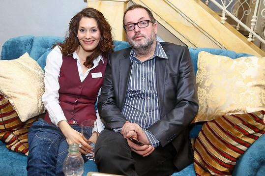 Se svou seriálovou partnerkou Bárou Seidlovou