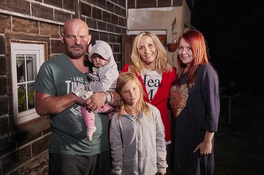 Tereza Pergnerová pomůže změnit bydlení Miroslavovi a jeho rodině.