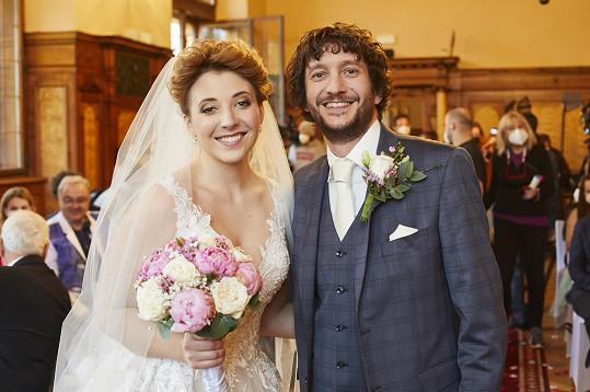 Anna Slováčková a Václav Jílek, jejichž svatbou vrcholí aktuální série Ordinace v růžové zahradě.