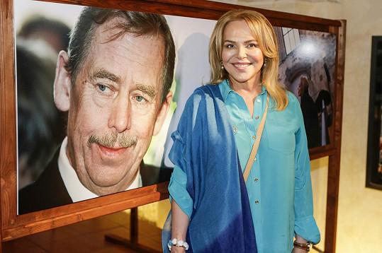 Dagmar Havlová zahájila výstavu fotografií věnovanou 20. výročí vzniku Nadace Dagmar a Václava Havlových Vize 97.
