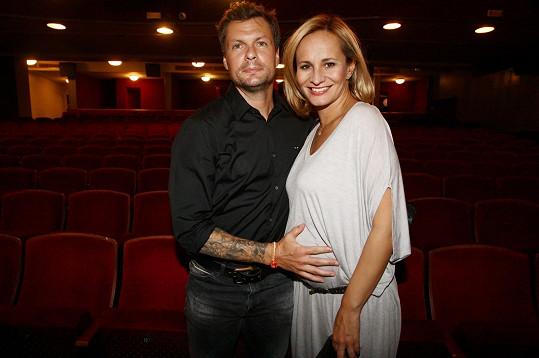 Absolonová koncem září zazpívá v divadle Studio DVA.
