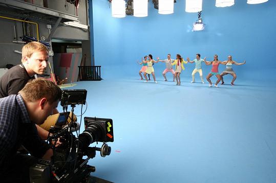 Kristina točila se stejným týmem, který má na svědomí obrazové ztvárnění její písně Rozchodový reggaeton.
