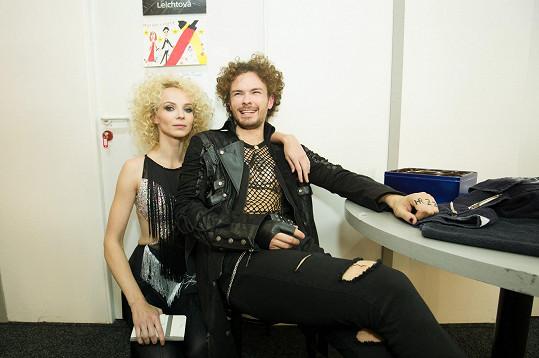Jana Plodková a tanečník Anny K Marek Hrstka měli stejné kudrliny.