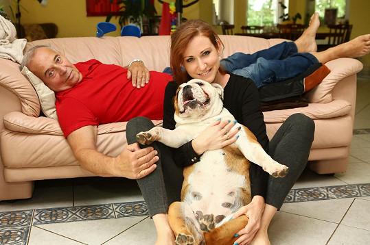 Nemoc prodělali s přítelkyní Romanou oba, měla u nich naštěstí lehký průběh.