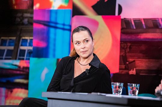 """""""Já jsem byla vdaná a on ženatý, v tom to bylo problematické,"""" vzpomínala Jana Janěková ml. na začátek vztahu s Igorem Chmelou."""