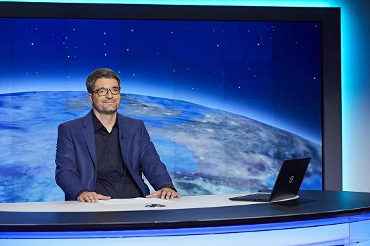 Jančařík se vrátil na obrazovky, nyní ale musel moderování přerušit.