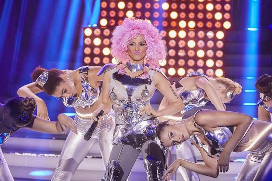 Svými výkony na sebe upozornila v show Tvoje tvář má známý hlas, ve které skončila na druhém místě.