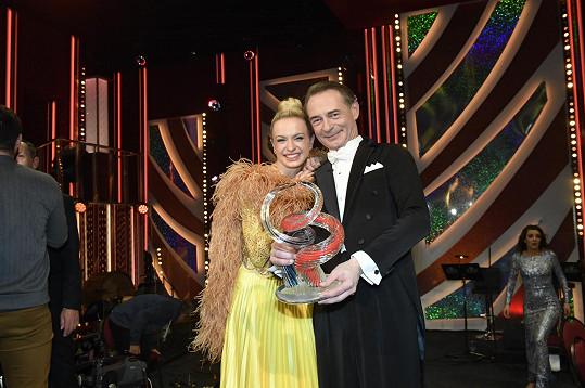 S taneční partnerkou Lenkou Norou Novákovou StarDance vyhráli.