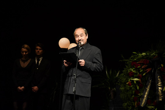 Hlas Viktora Preisse pohladil po duši, na svého kolegu Jarouška zavzpomínal velice poeticky.