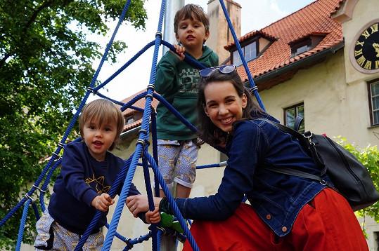 Míša Tomešová s dětmi
