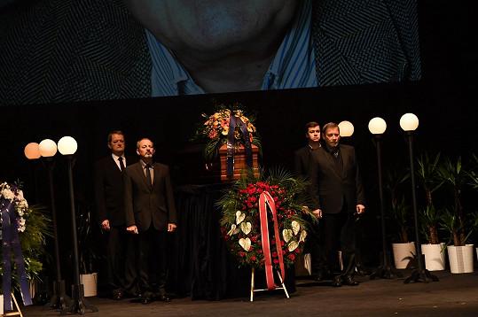 Rodina a kolegové se rozloučili s Jaroslavem Kepkou (✝83).