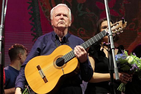 Jiří Tichota se rozhodl třinácti koncerty ukončit činnost Spirituál kvintetu.