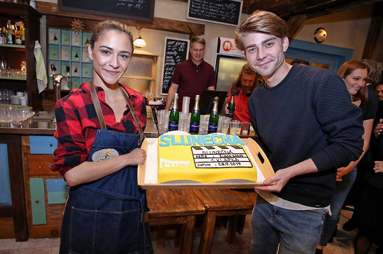 Marek Lambora a Eva Burešová si zahrají v novém seriálu Slunečná.
