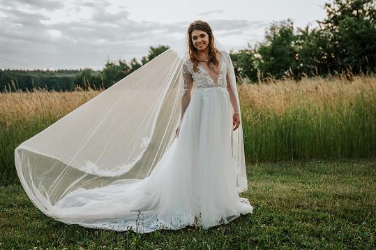 I na své svatbě byla Denisa Pfauserová jako princezna.