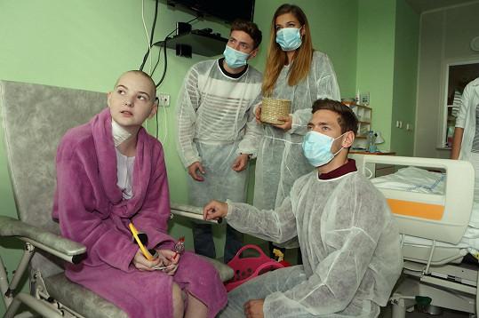Navštívili i dětské pacienty.