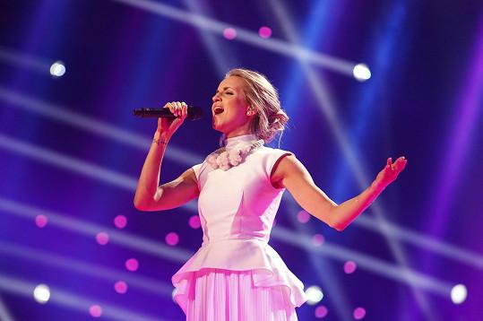 První českou finalistkou v Eurovizi se stala Gabriela Gunčíková. Skončila tam předposlední.
