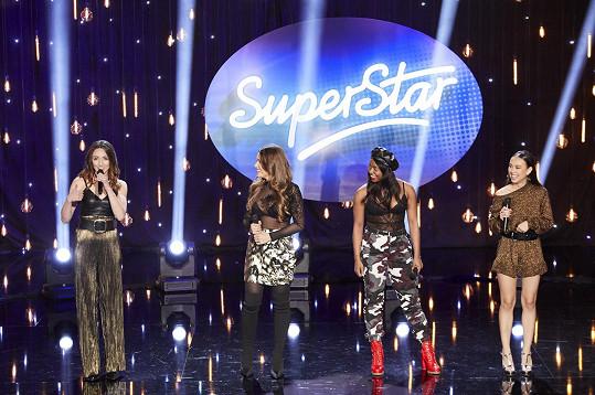 Čtyři zpěvačky, bojující o postup do dalších kol, připravily porotě malé překvapení.