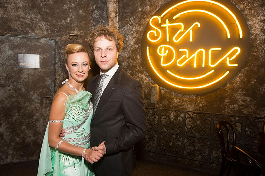 Lucka je životní i taneční partnerkou dvojnásobného vítěze StarDance Jana Ondera.