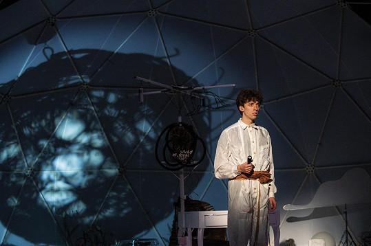 Jan Cina se představí v hlavní a jediné roli hudebního projektu Malý princ.
