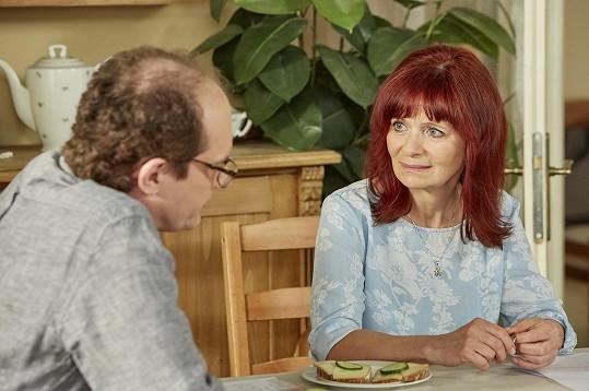Ljuba Krbová a Adrian Jastraban, s nimiž má Pavlíková v seriálu významnou dějovou linku.