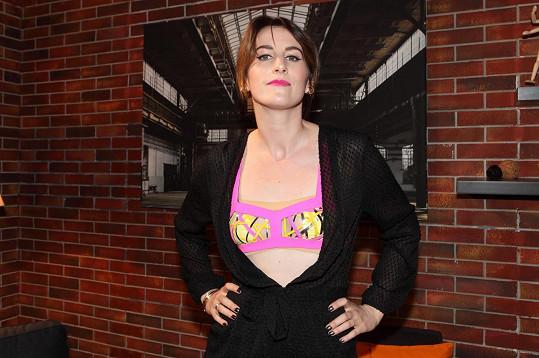 Klára Vytisková přišla na představení nové řady SuperStar v podprsence.