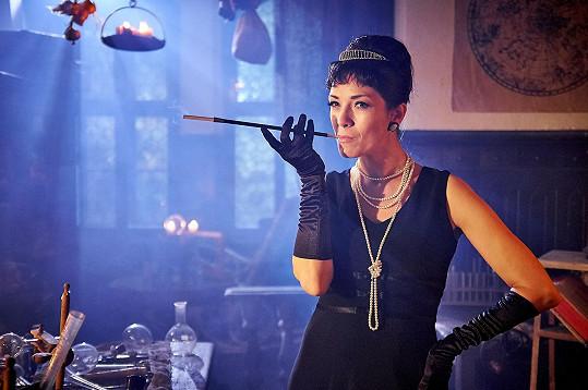 ...nebo jako Audrey Hepburn?