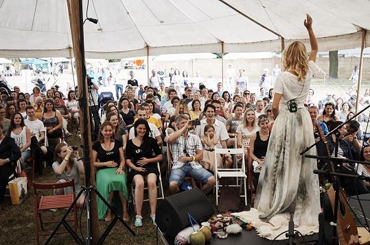 Houdová byla exkluzivním hostem 3. ročníku festivalu RawFest na Štvanici.
