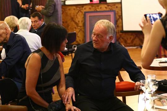 Luděk Sobota se vrhal po zpěvačce Evě z dua Eva a Vašek.