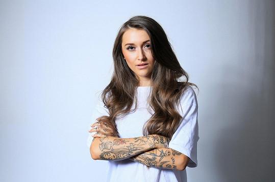 Zpěvačka Sharlota se objeví v reality show Zlatá mládež.