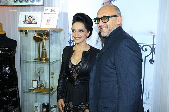 Lucie Bílá a producent Lešek Wronka, který pro zpěvačku v Bontonlandu zajistil exkluzivní expozici.