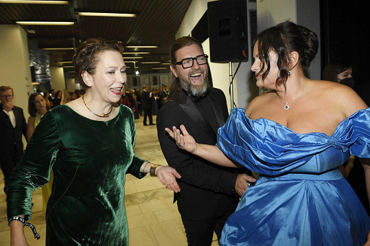 Jitka s manželem a kolegyní Zuzanou Stivínovou