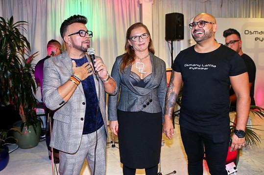 Osmany Laffita slavil 54. narozeniny a s manželi Slavíkovými představil i svůj nový projekt brýlí.